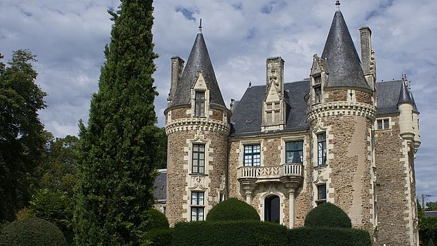 Coming Soon Chateau du Muses